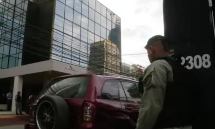 Realizan cateo en oficinas de Mossack Fonseca