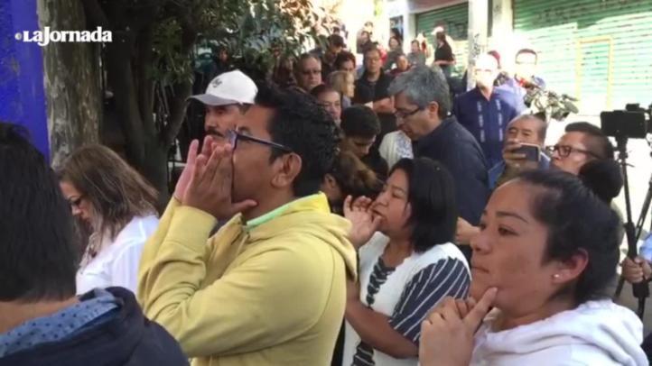 Protestan por tardanza en apertura de casiilas
