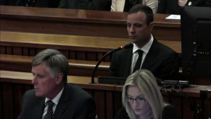 Pistorius sale de la cárcel