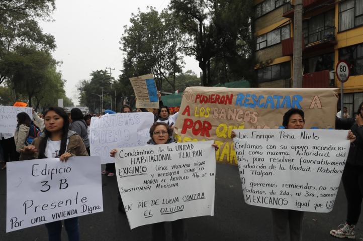 Damnificados del 19 de septiembre salen a las calles