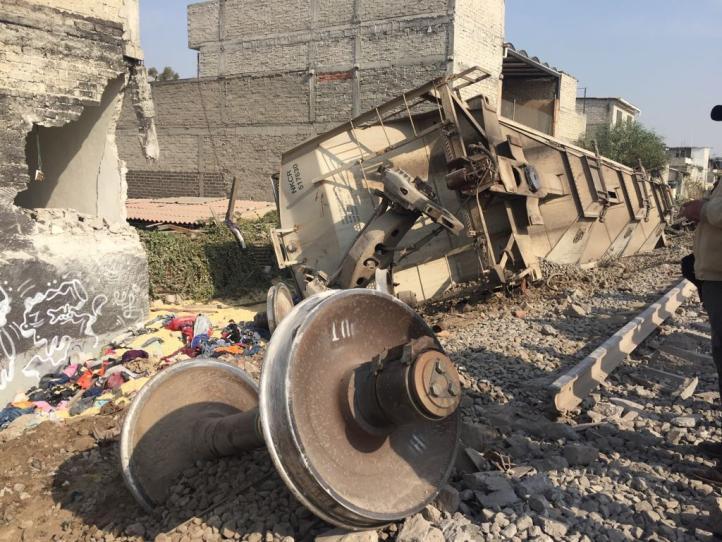 Descarrila vagón de tren en Ecatepec; cinco muertos