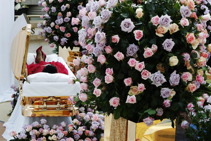Rinden homenaje a Aretha Franklin en Detroit