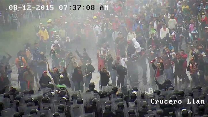 Difunden video del enfrentamiento entre policías y maestros en Chiapas