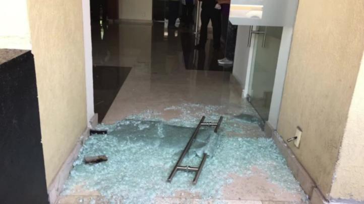 Riña entre priístas y morenistas en hotel de Ecatepec