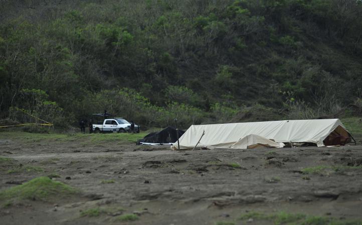 Más de 240 cadáveres exhumados en fosa clandestina en Veracruz