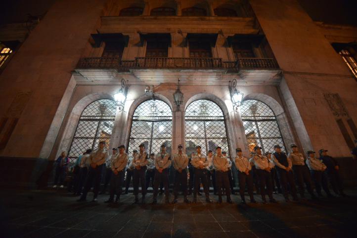 Desalojan a empresarios en plantón en Veracruz