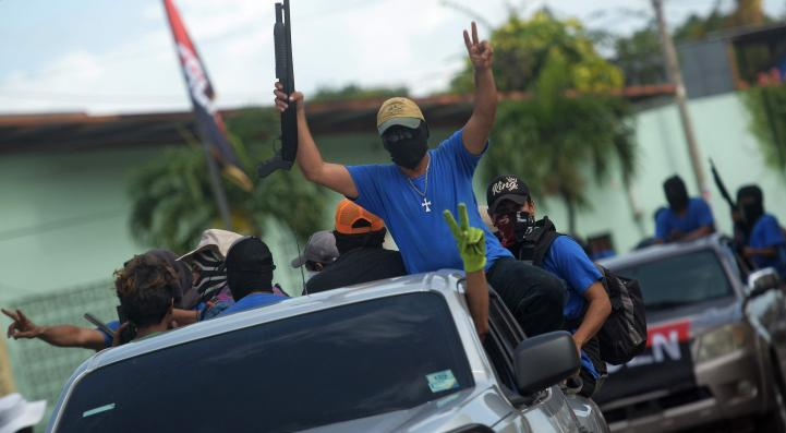 Paramilitares controlan calles en Masaya, Nicaragua