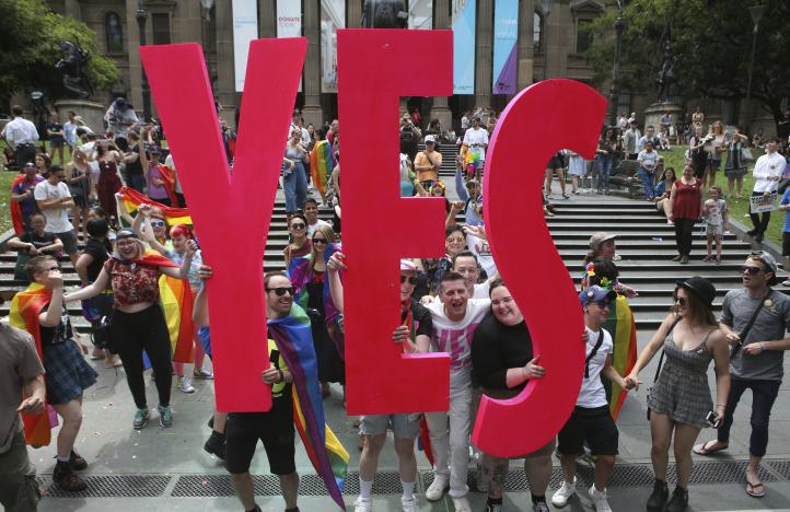 Australianos aprueban matrimonio gay