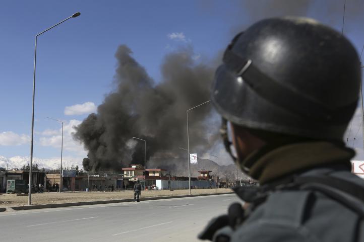 Terrorismo en Afganistan cobra la vida de al menos 16 personas