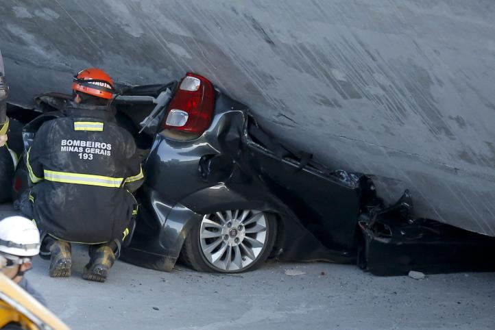 Cae puente en construcción en Belo Horizonte, Brasil; hay 2 muertos