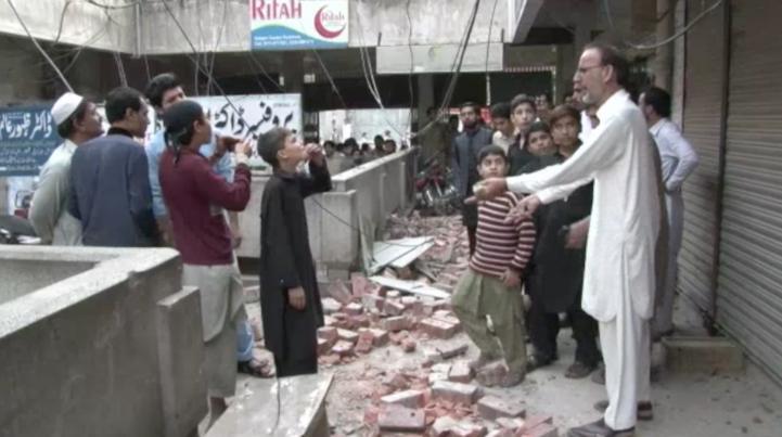 Más de 200 muertos por terremoto en el sur de Asia