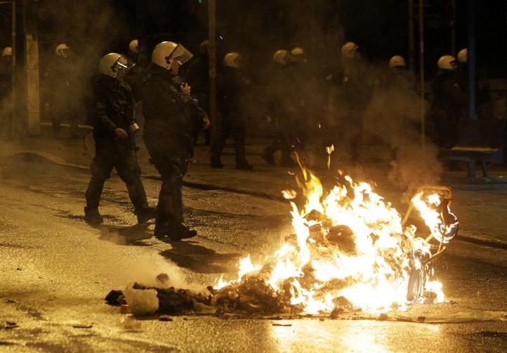 Primera protesta contra gobierno de Tsipras en Grecia