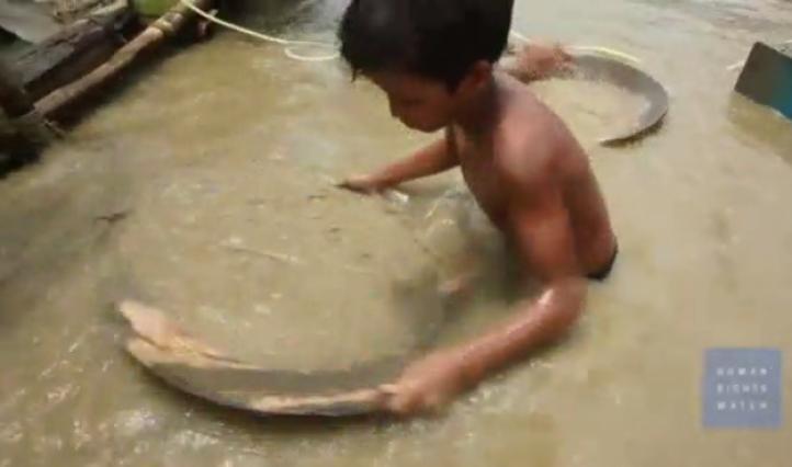 HRW denuncia los riesgos que corren niños mineros filipinos