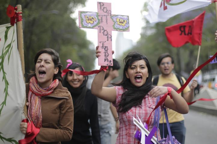 Mujeres marcharon por respeto a sus derechos en la CDMX