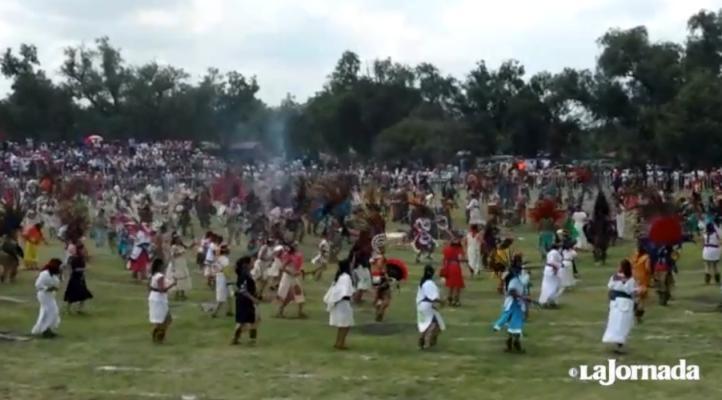 Danzantes establecen Récord Guinness en Teotihuacán