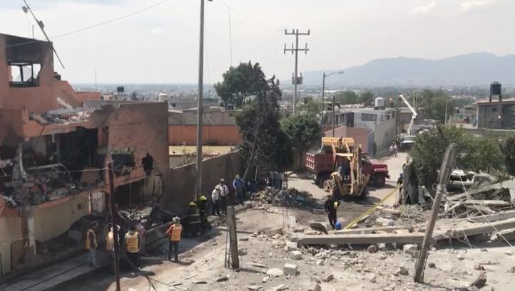 Daños tras explosión en Tultepec