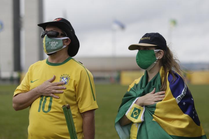 Brasil supera el millar de muertes por coronavirus en un solo día