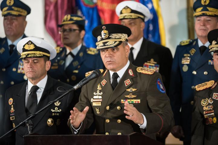 Maduro ordena cierre de embajada de Venezuela en EU
