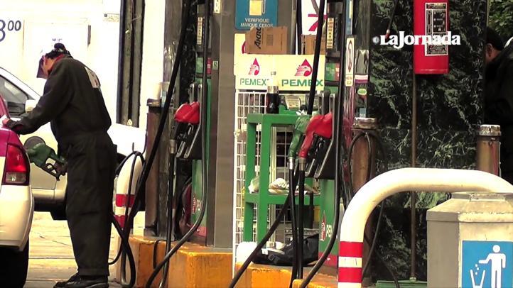 Gasolineros prevén aumento en el combustible en 2016