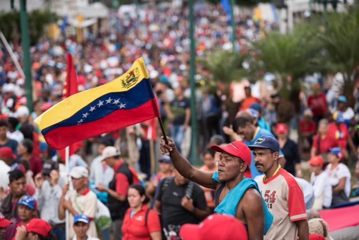 El gobierno y la oposición venezolanos miden fuerzas