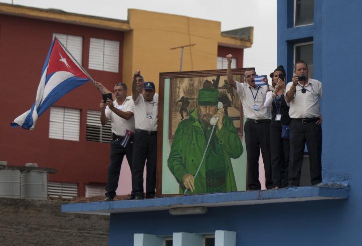 Cenizas de Fidel Castro recorren Cuba