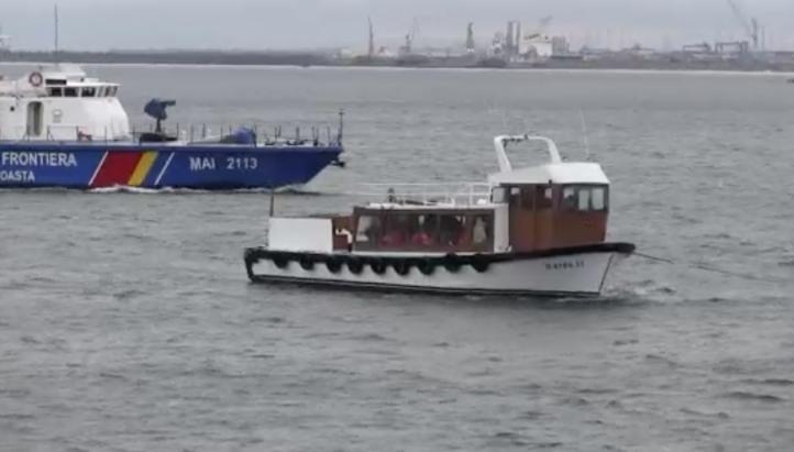 Rescatan a 66 migrantes en el Mar Negro