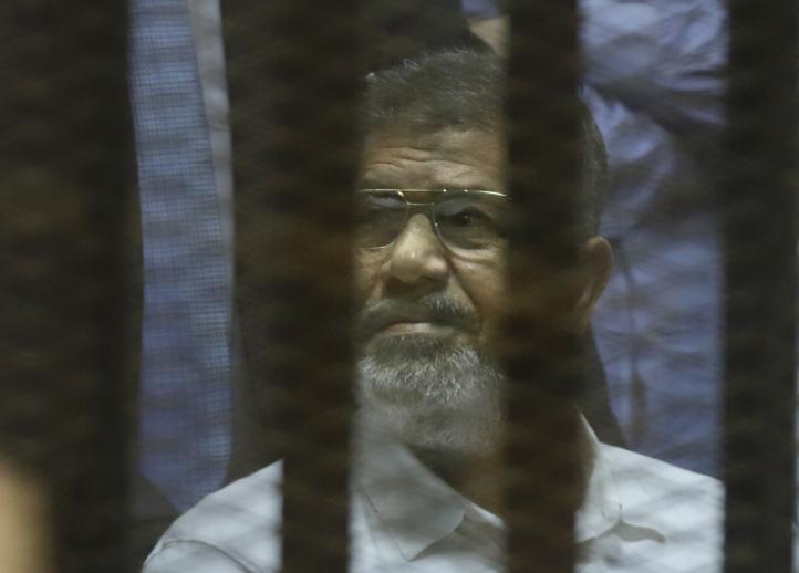 Egipto condena al ex presidente Mursi a 20 años de prisión