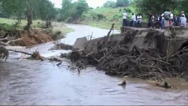 Lluvias de la depresión tropical Trudy afectan tareas de rescate