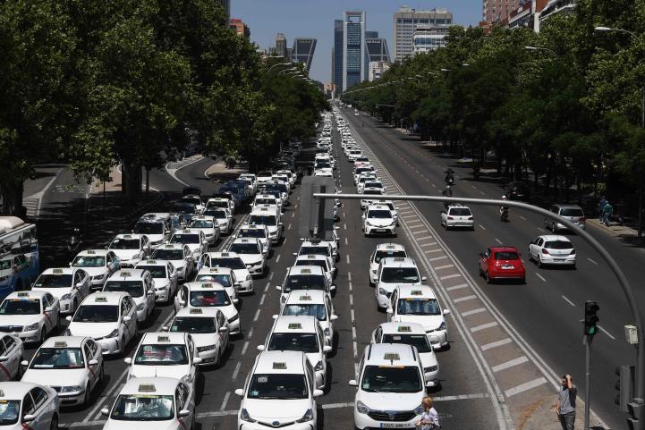 Huelga de taxis paraliza las principales ciudades de España