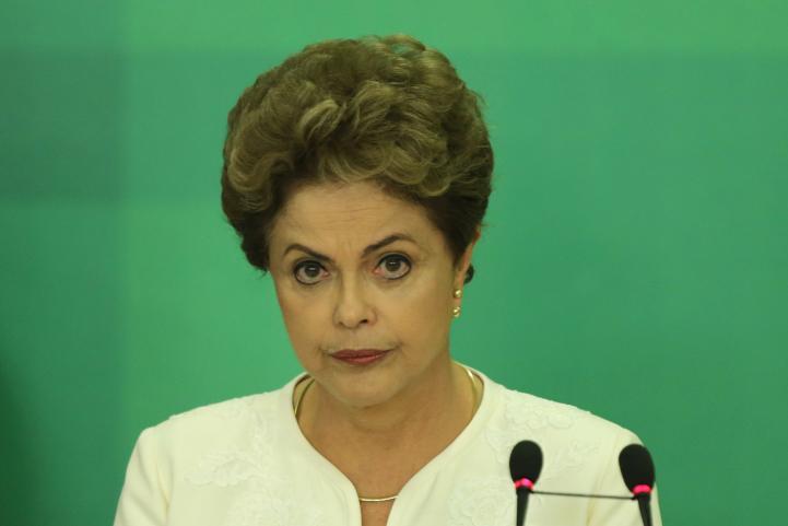 Dilma Rousseff considera inadmisible pedido de juicio político
