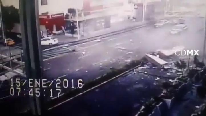 Momento de la explosión en una cafetería de Félix Cuevas