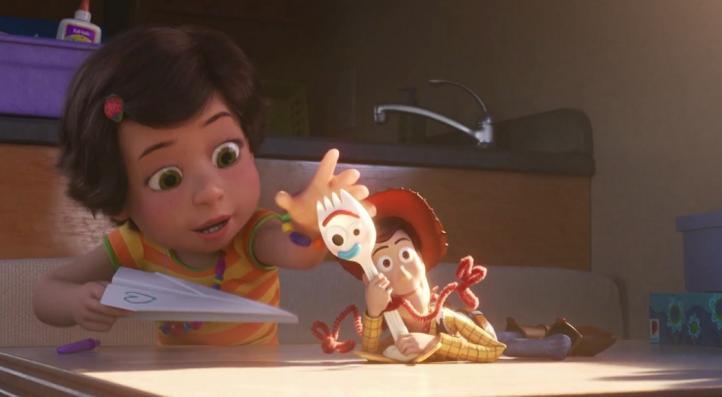 Woody, al rescate de Forky en el nuevo tráiler de 'Toy Story'