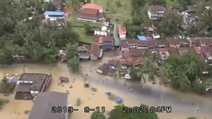 Sube a 93 los muertos en inundaciones y deslaves en India