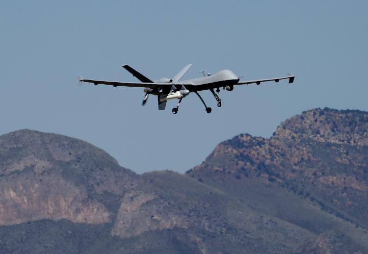 Drones vigilan frontera México-Estados Unidos