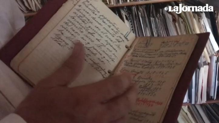 Libros, fotos, libretas de apuntes… La crítica de arte Ida Rodríguez deja una biblioteca con más de 20 mil documentos