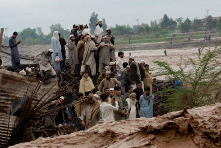 Inundaciones en Pakistán provocan la muerte de 45 personas