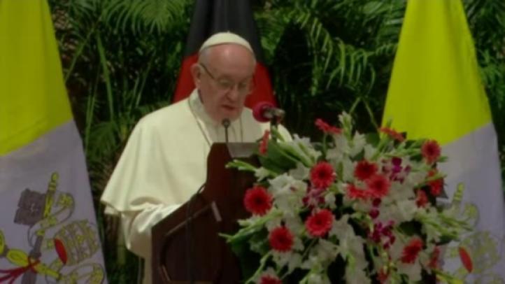 "Papa exige ""medidas decisivas"" frente a la crisis rohingya"