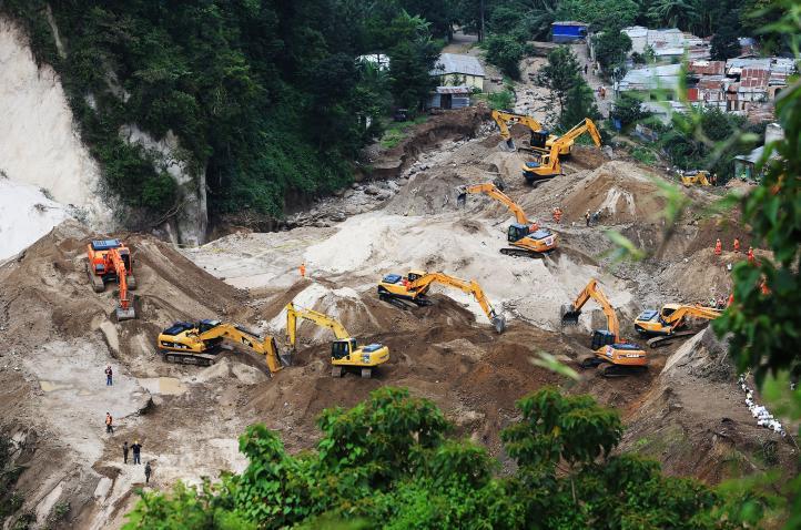 Guatemala: sigue búsqueda de cuerpos en área de deslave
