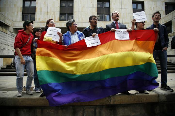 Colombia aprueba adopción por parte de parejas del mismo sexo