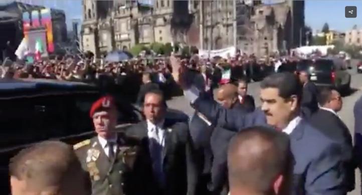 Llega Maduro a Palacio Nacional