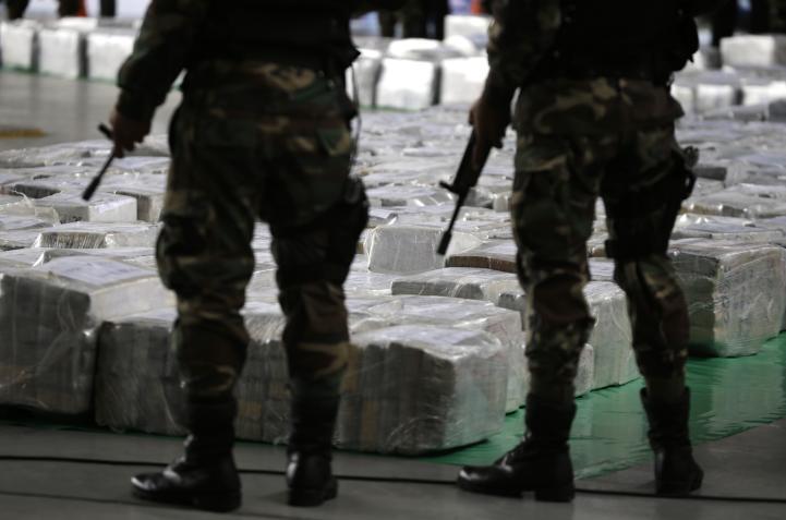 'Narcos' de Perú exportan más de una tonelada de 'coca' al día
