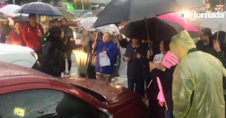 Vecinos de la delegación Álvaro Obregón protestan contra basurero