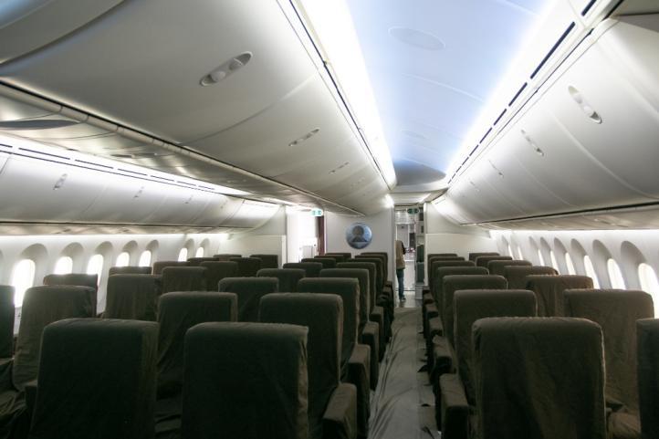 Vuelve a México avión presidencial; habrá nuevas opciones de venta